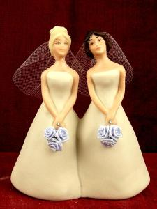 sam-sex-wedding-cake