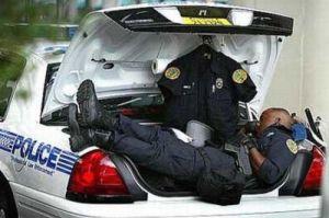sleeping_police