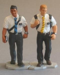 missionary-figures